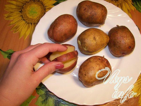 Рецепт картошка с бедрами в духовке рецепт
