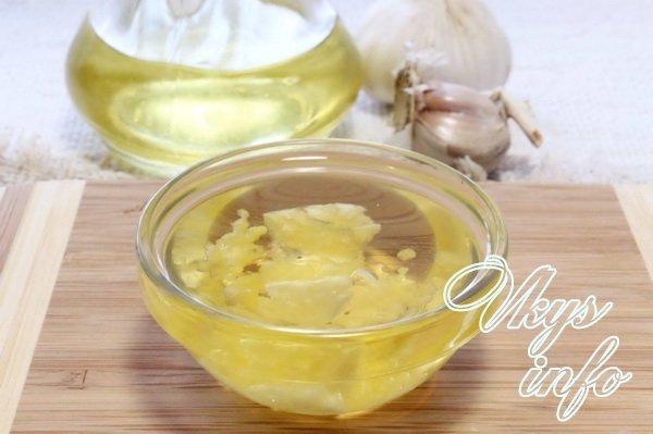 масло с чесноком
