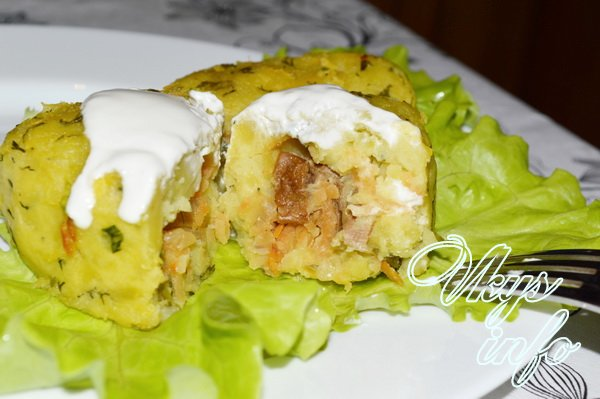 Зразы картофельные с грибами в духовке