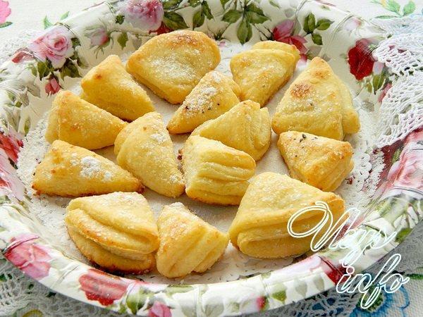 Печенье из творога треугольники с сахаром