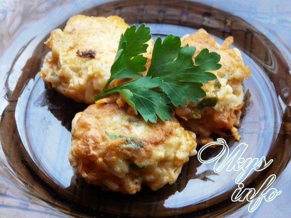 рецепт Тефтели из куриного фарша с рисом с подливкой
