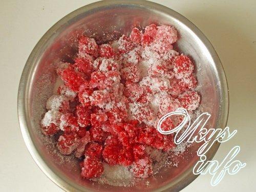Вкусное варенье из клубники целыми ягодами на зиму