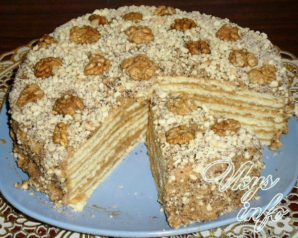 Торт из коржей бисквитных со сгущенкой рецепт пошагово