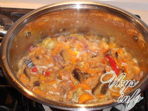 Как приготовить рагу из баклажанов и капусты