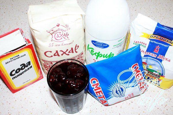 рецепт торта на кефире с вареньем и сметанным кремом