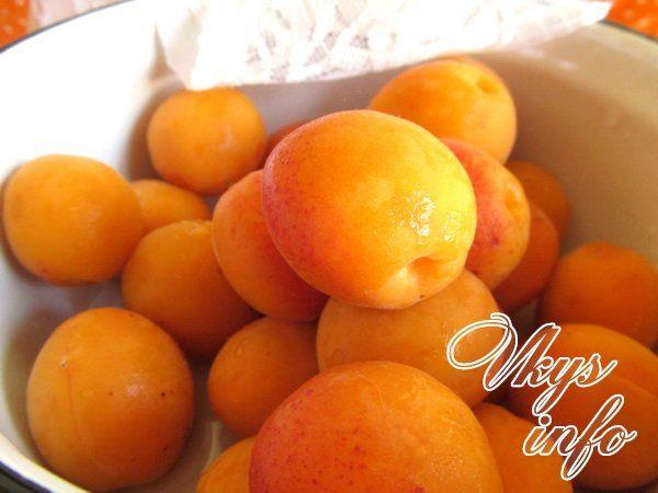 Косточки в абрикосовое варенье можно ли пускать