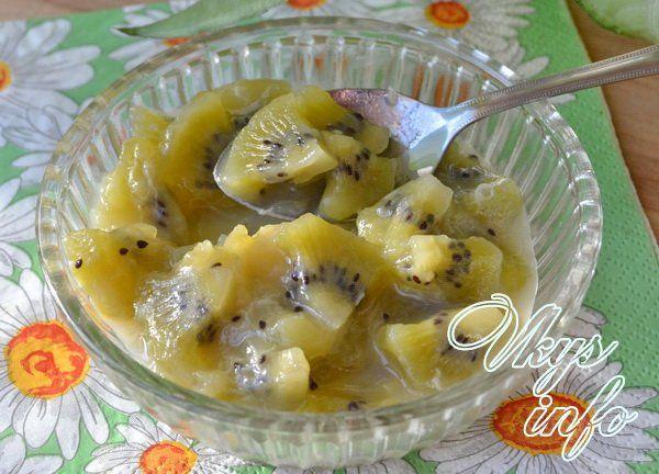Пальма из киви и банана