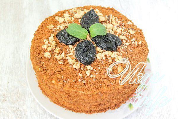 Торт медовый с орехами и черносливом рецепт 120