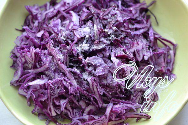 salat iz krasnokochannoj kapusty s kukuruzoj 4