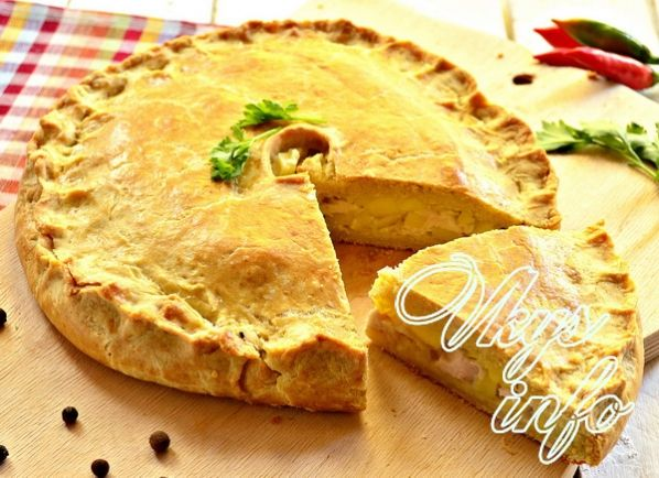 слоеный пирог с картошкой и курицей в духовке рецепт с фото