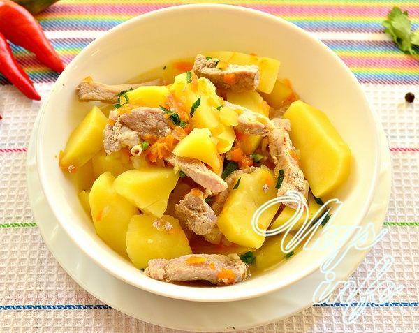 Картошка тушеная с курицей в кастрюле пошаговый рецепт с фото пошагово в