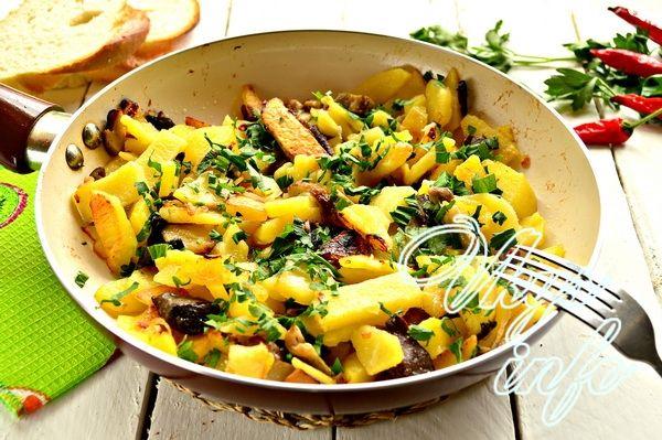 Салат из копченой грудки и ананасов и кукурузы рецепт