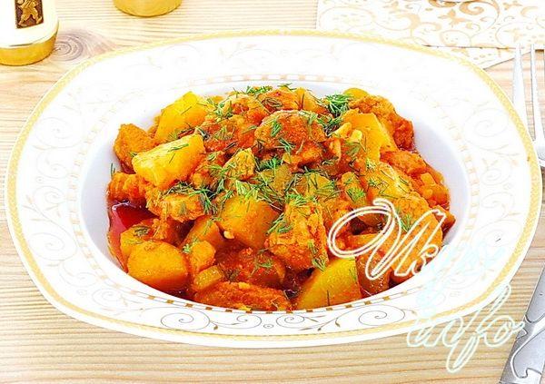 рецепт азу из фарш с солеными огурцами