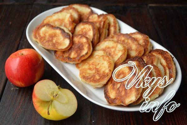 Оладьи на дрожжах с яблоками рецепт