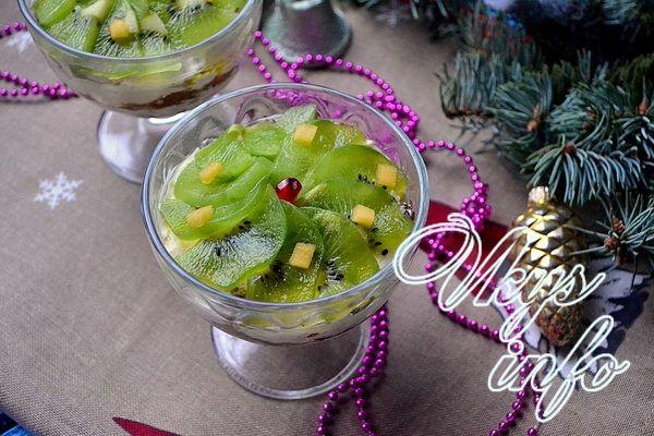рецепт Салат в креманках на Новый год