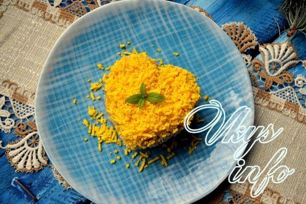 рецепт Салат с консервированным тунцом и рисом