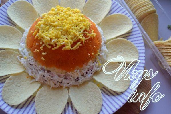 рецепт салата ромашка с печенью