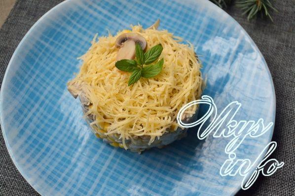 рецепты салатов с курицей и консервированными шампиньонами