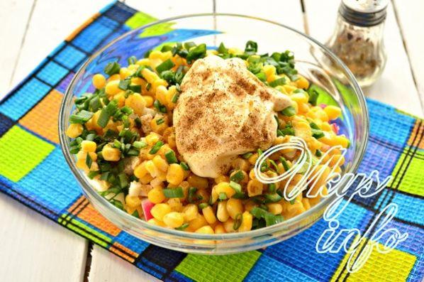 klassik salat iz krabovyh palochek s risom 8