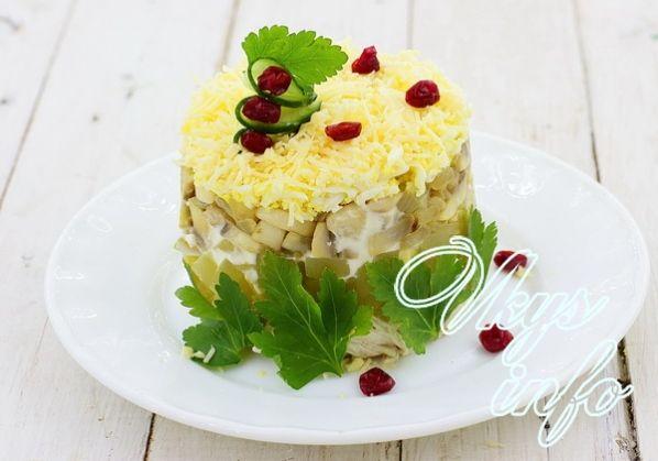 salat s ananasami kuricei i gribami 8