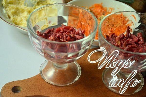 salat lyubovnica s izyumom i chernoslivom 10