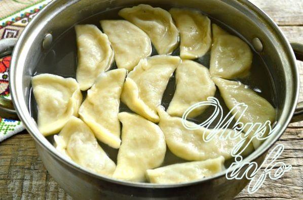 Вареники с сырой картошкой и салом пошаговый рецепт с фото