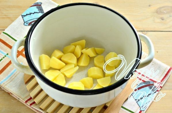 Картофельно-вермишелевый суп на свиной тушенке - рецепт пошаговый с фото