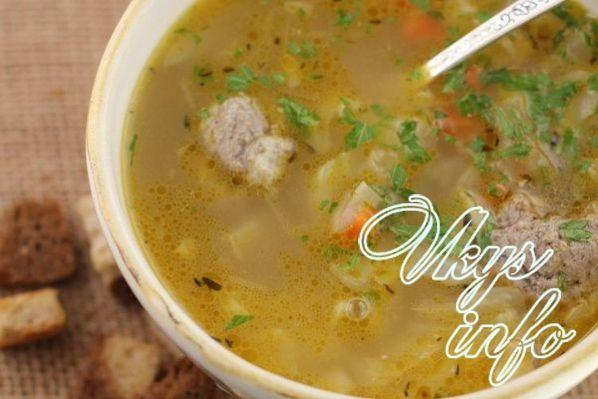 sup s frikadelkami v multivarke 104