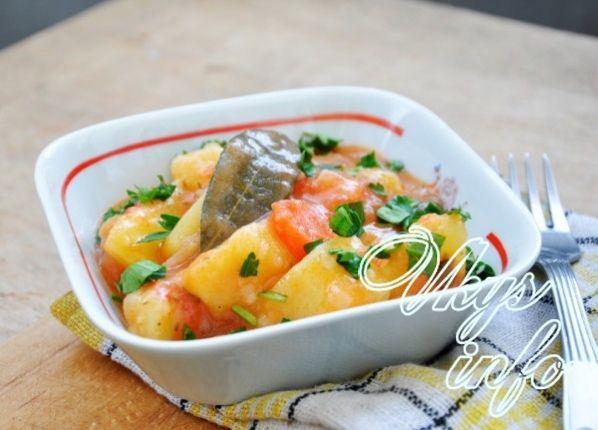 Тушеная картошка в мультиварке, рецепт с фото